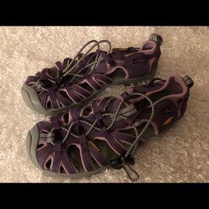Keen Women's Waterproof Purple Shoes Size 5